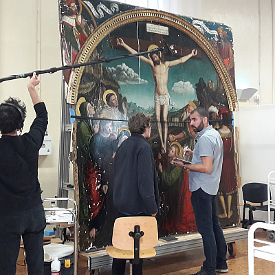 Film sur la documentation collaborative de la restauration du retable de la Crucifixion